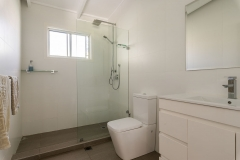 bundeena real estate photography bathroom
