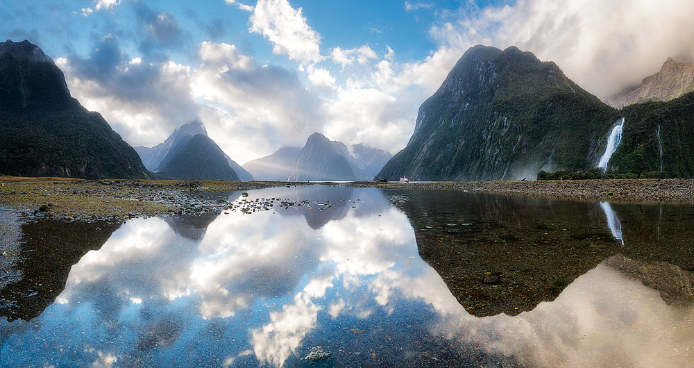 milford sound panoramic